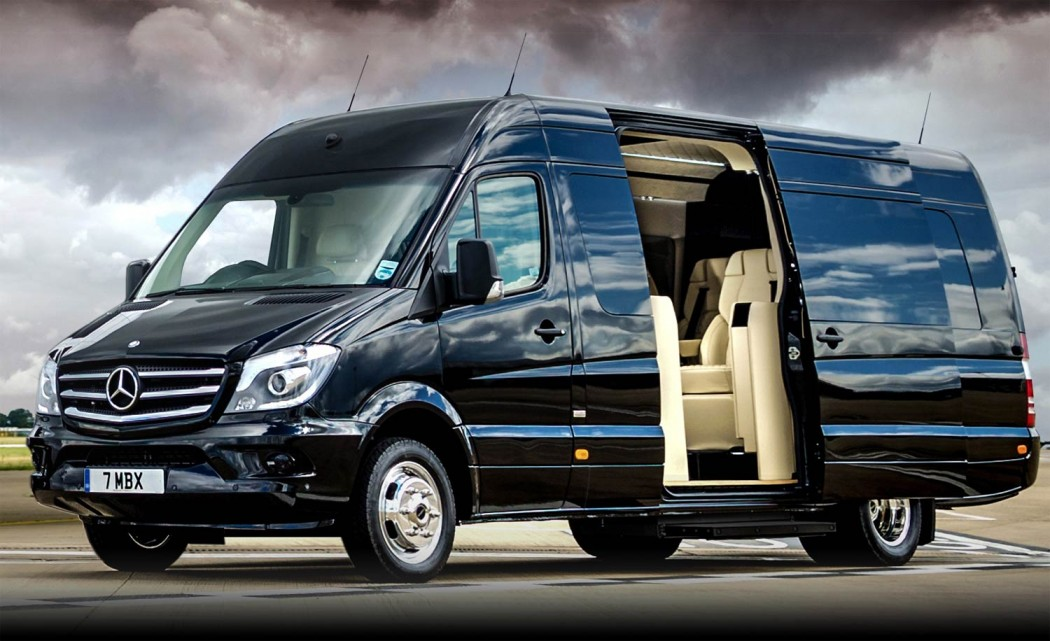 mercedes senzati jet sprinter un van customis digne d un jet priv le magazine. Black Bedroom Furniture Sets. Home Design Ideas