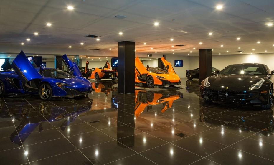 Garage villa 09 le magazine du luxe for Garage auto luxe venissieux