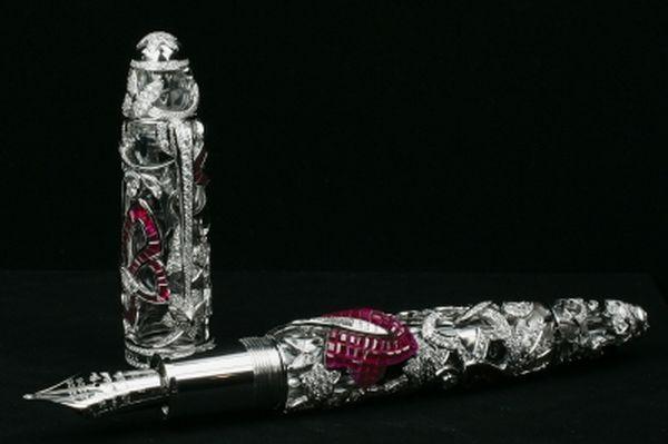 mont blanc stylo avec diamant