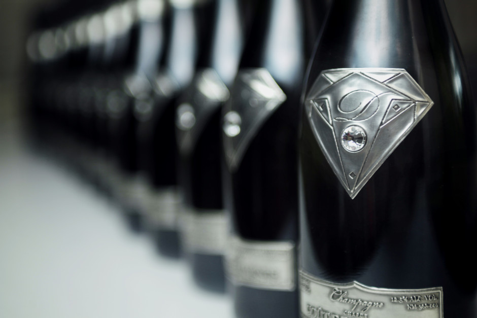 Très Les 7 marques de champagne les plus chères QF42